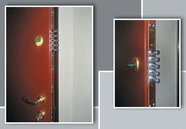 metala-durvis-158b